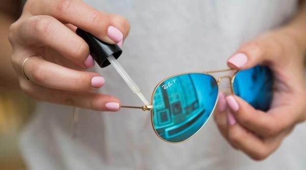 Как убрать царапины с солнцезащитных очков и отполировать их в домашних условиях