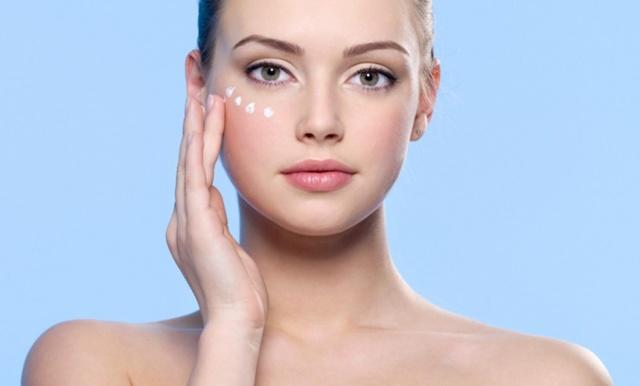 Чем отличается крем ВВ от СС — какой лучше выбрать для разных типов кожи