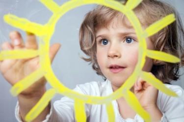 Солнцезащитный крем для детей до 1 года и старше: как выбрать лучший, отзывы
