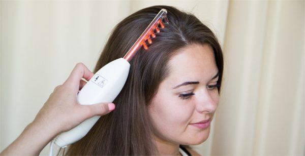 Сильно выпадают волосы у женщин: причины, что делать, методы лечения выпадения и укрепления луковиц
