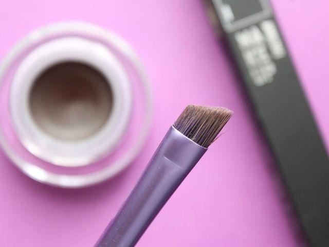 Как покрасить брови в домашних условиях самой себе, как правильно выбрать подходящую краску, стереть её с кожи, фото