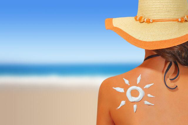 Рецепты солнцезащитных кремов для изготовления своими руками в домашних условиях: подборка лучших народных средств для лица и тела