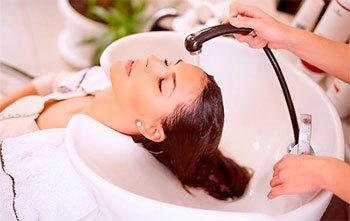 Процедура Счастье для волос, в том числе абсолютное: что это, как проводится в салоне и домашних условиях, отзывы, отличия от ботокса