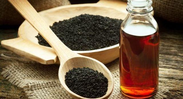 Масло черного тмина для лица: применение в косметологии от морщин, прыщей, для кожи век, отзывы