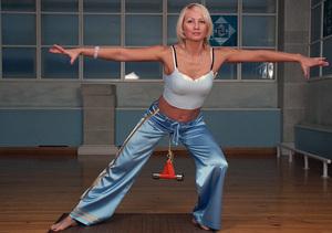 Имбилдинг: упражнения в домашних условиях для мужчин и женщин