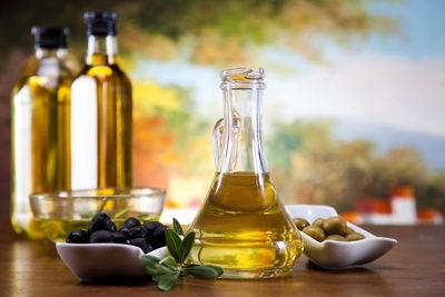 Оливковое масло для ресниц и бровей: способы применения, отзывы