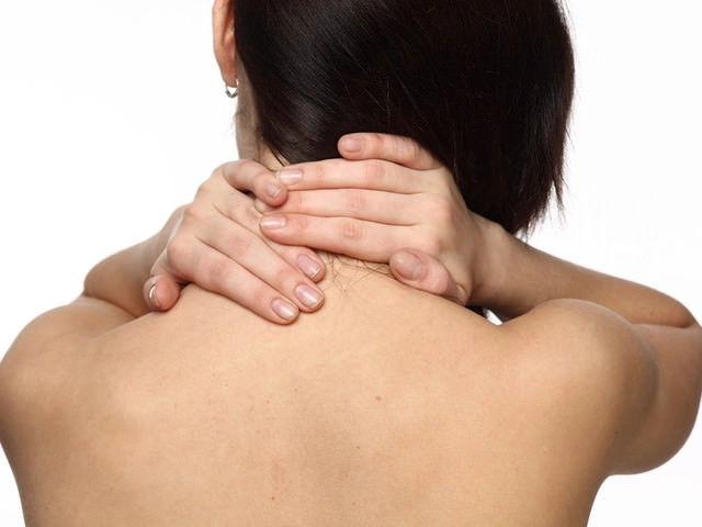Массажеры для шеи, воротниковой зоны и плеч: виды и особенности выбора
