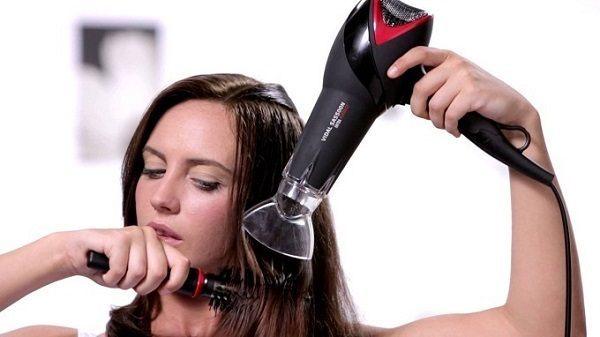 Как правильно сушить волосы феном: несколько полезных советов
