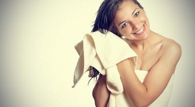 Как быстро высушить волосы без фена — способы для длинных и коротких причесок