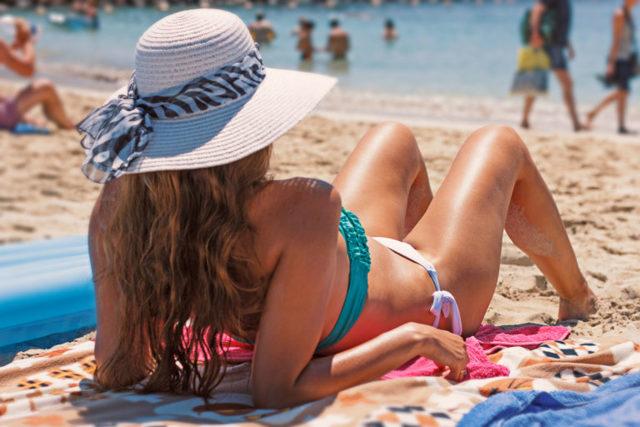 Как убрать загар с кожи лица и тела: что помогает быстро избавиться от него в домашних условиях
