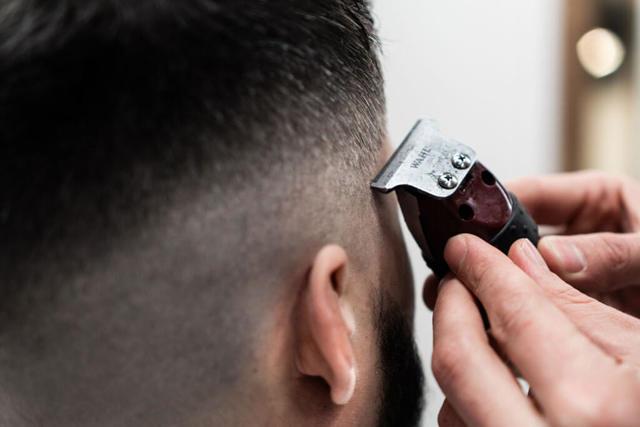 Мужская стрижка машинкой в домашних условиях пошагово — инструкция для начинающих, видео
