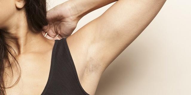 Как брить подмышки правильно для гладкой кожи без раздражения, рекомендации