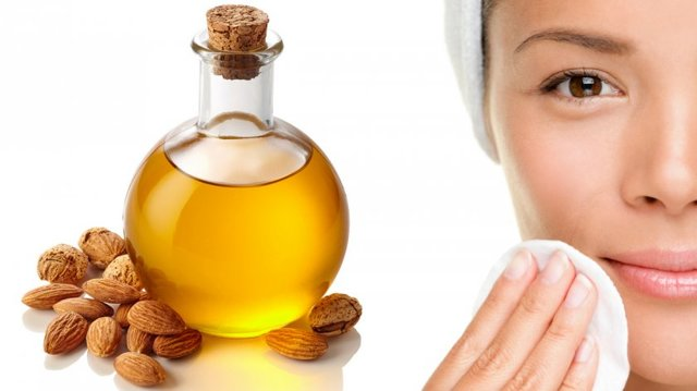 Миндальное масло для лица от морщин: свойства, применение, отзывы