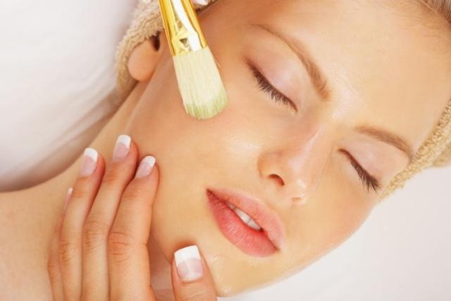 Масло жожоба для лица: способы применения, рецепты, отзывы косметологов