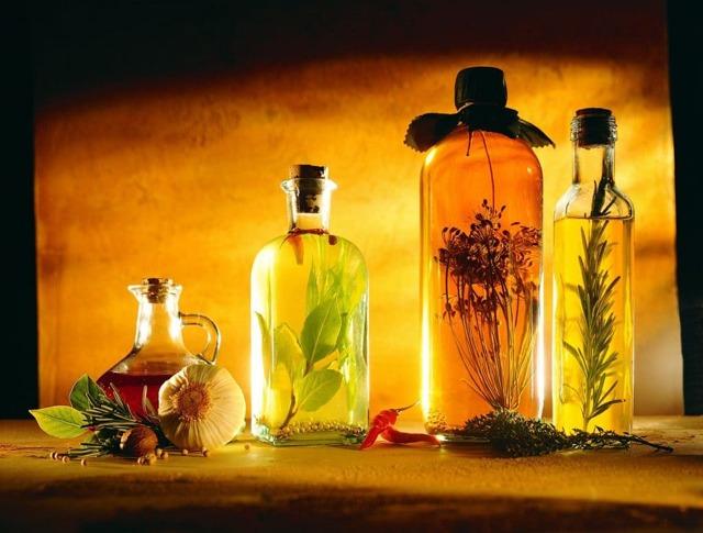 Эфирные масла: свойства и применение в таблице, сочетание