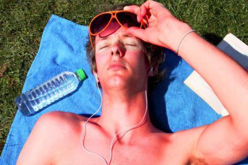 Средства от солнечных ожогов: чем мазать кожу в домашних условиях, кремы и мази из аптеки