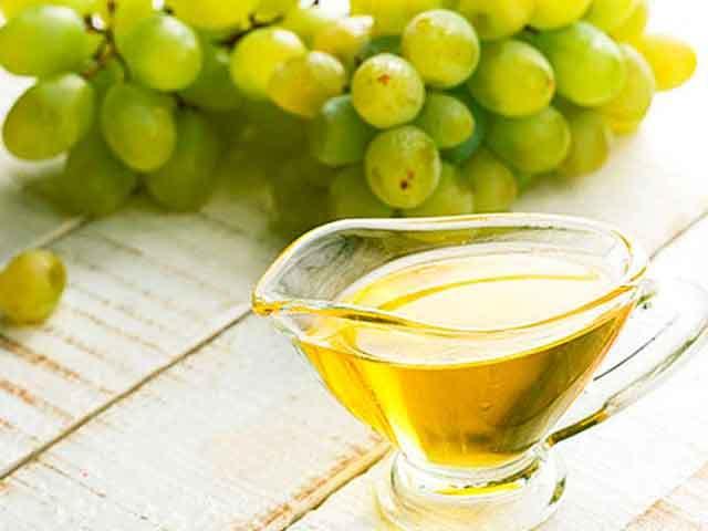 Масло виноградных косточек: свойства и применение, противопоказания, польза и вред